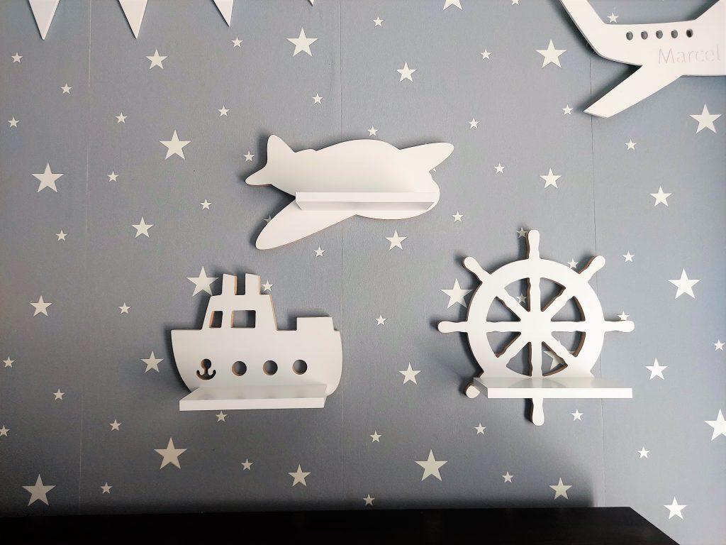 Ster, półka drewniana, motyw marynarski