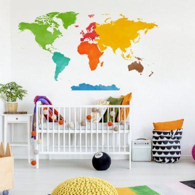 Kolorowa Mapa Świata - naklejka na ścianę   myMODULO.pl